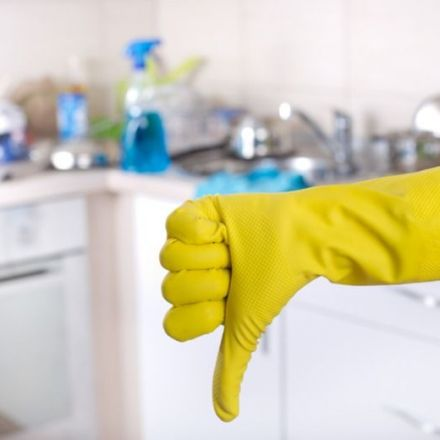 A New Study Examines Why Dishwashing Is the Worst Chore, Especially for Women