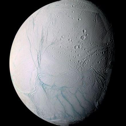 Enceladus' sea floor has hydrothermal vents like ours
