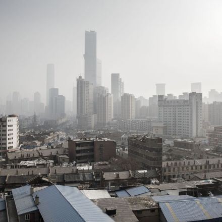 China Signals Slower Growth Is Acceptable to Tackle Debt, Smog