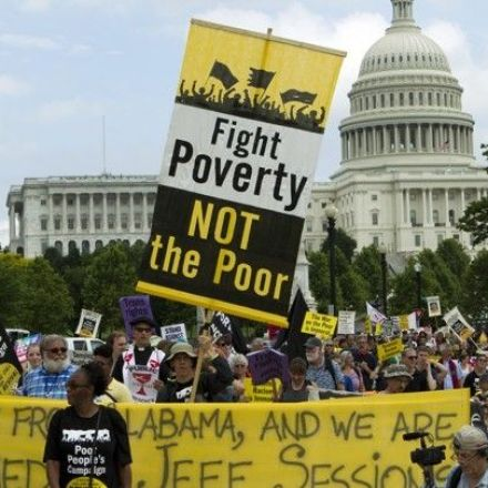 The anti-politics of the poor: Unemployment, income and low trust in government