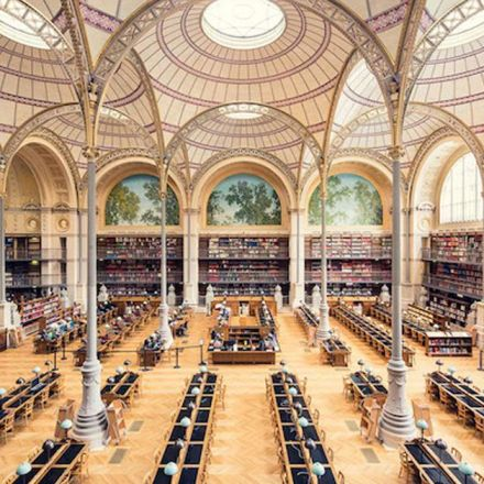Photographer captures beautiful symmetrical shots of libraries around the world