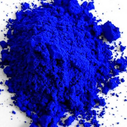 First new blue discovered in 200 years is set to become beautiful new crayon.