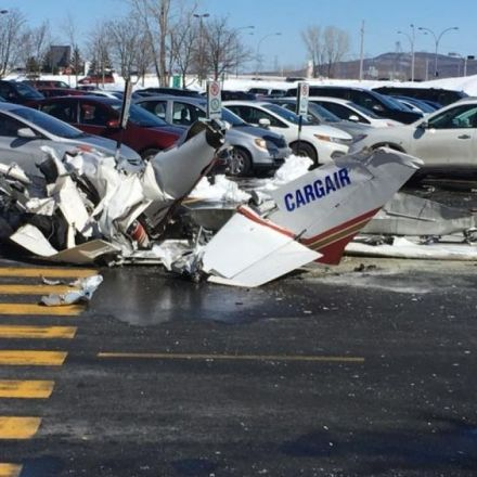 1 dead, 3 injured after planes collide above shopping centre on Montreal's South Shore