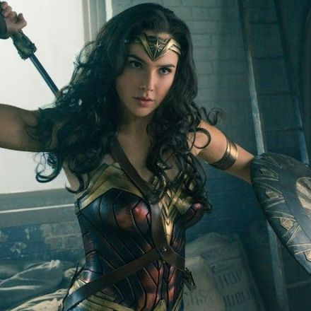 Lebanon wants to ban 'Wonder Woman' because of its Israeli star