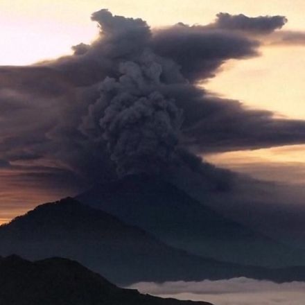 Bali volcano alert raised to highest level
