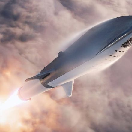 SpaceX Aims to Send a Starship to the Moon Within Three Years | Digital Trends