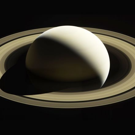 Space Photos of the Week: So Long, Cassini. Thanks for All the Pics