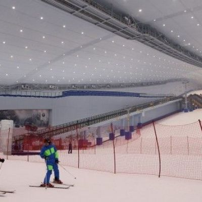China's richest man builds the world's biggest indoor ski resort