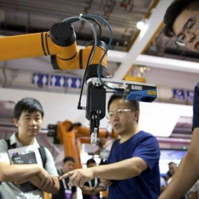 Trade war weakens China's position as leader in robot manufacture