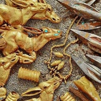 'Priceless' 2,800-year-old 'royal gold jewellery' stash boasting some 3,000 items is found inside a burial mound in remote Kazakhstan mountains