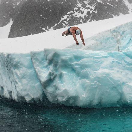 What it feels like to swim in sub-zero waters