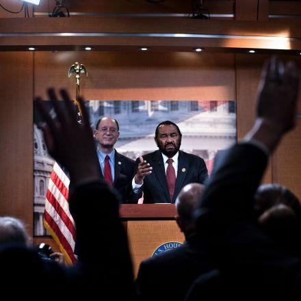 Democrats start impeachment proceedings against Trump