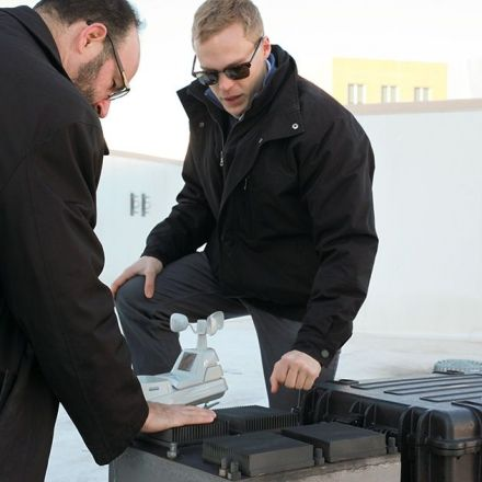 System draws power from daily temperature swings