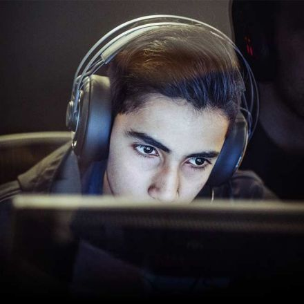 The Video Game Dream: A Pakistani Teen Gets Rich Quick In E-Sports