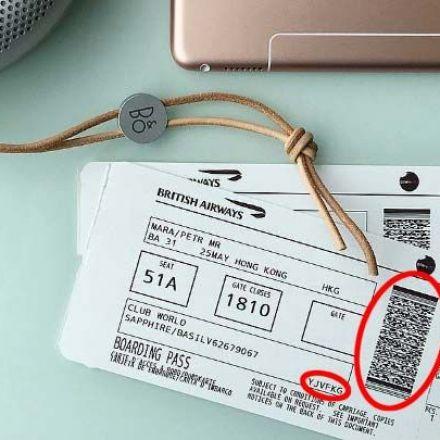 Post a boarding pass on Facebook, get your accountstolen