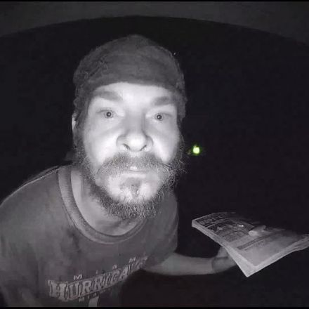 Another doorbell licker caught on camera, this time in Florida