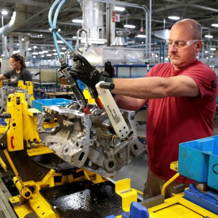 US economy grew at a moderate 2.1% annual rate in the third quarter