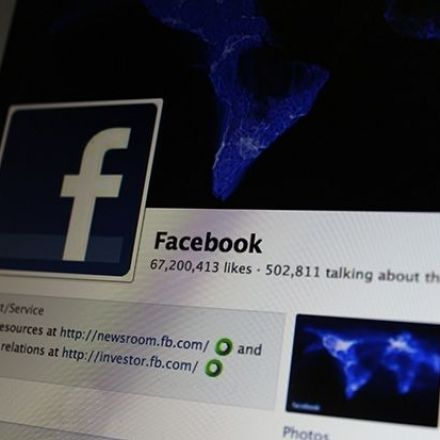Facebook Privacy Hoax Once Again Dupes Millions Of Users, Clutters News Feed