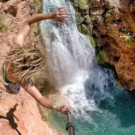 Cliff Jumping Havasupai - Insane Tricks in 4K with Teamsupertramp!