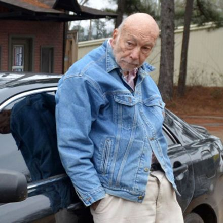 This 88-year-old doctor treats the poor out of his Toyota Camry, and Mississippi wants to punish him for it.