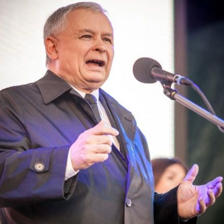 Poland did not invite refugees, has right to say 'no': Kaczynski