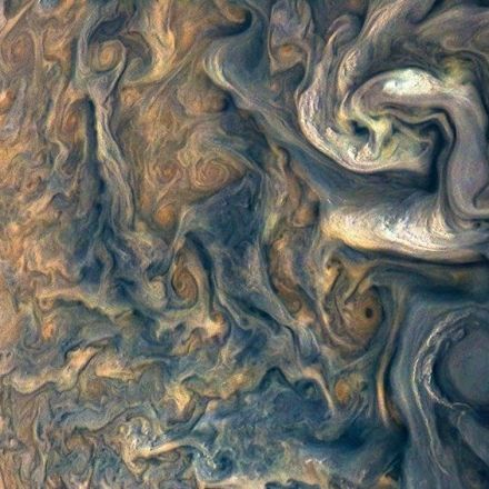 Space Photos of the Week: Juno Snatches a Shot of Jupiter's Swirling Storms