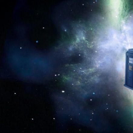 The Tardis in 'Doctor Who' Can Be Explained as a Bubble of Space-Time