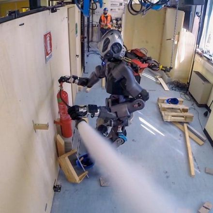 New firefighting robot gets put to the test