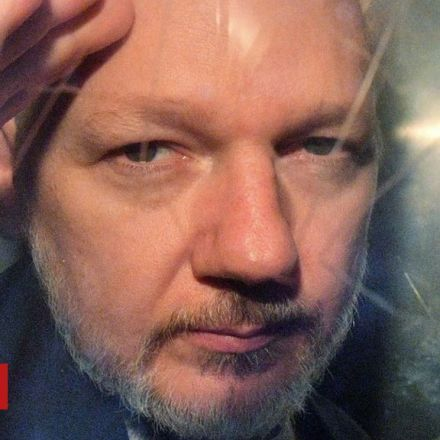 Assange 'subjected to psychological torture'