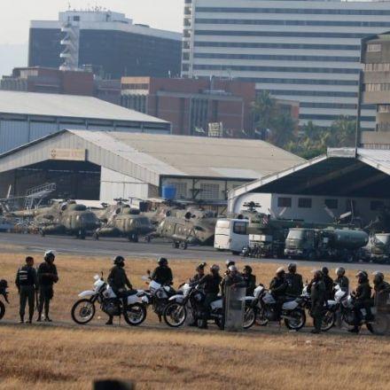 Venezuela's opposition leader calls for military uprising to oust president