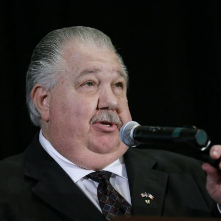 Trump officially nominates climate-denying conservative talk radio host as USDA's top scientist