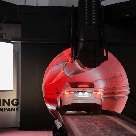 Elon Musk's Las Vegas Tunnel Kind Of Sucks?