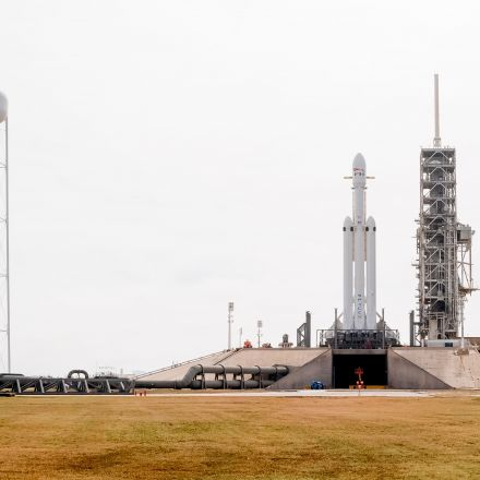 Military to investigate decision to certify the Falcon Heavy rocket