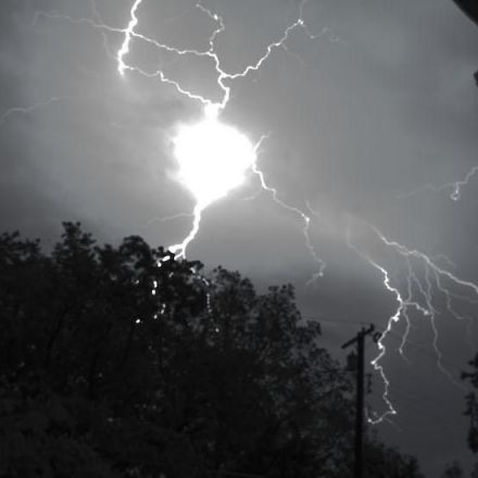 A New Explanation for One of the Strangest Occurrences in Nature — Ball Lightning