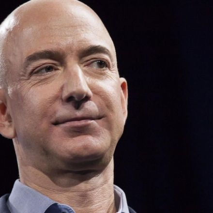 Jeff Bezos donates $100 million to U.S. food banks