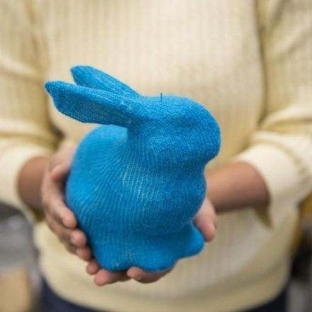 Software turns knitting machines into 3D printers