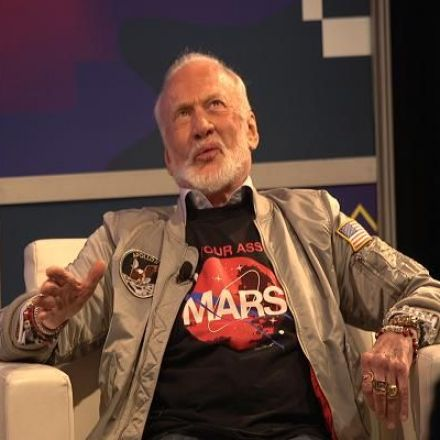 Buzz Aldrin says this is the problem with Elon Musk's plans for Mars