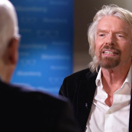 Richard Branson Hopes to Be in Space by the End of the Year