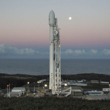 SpaceX returns to flight with Falcon 9 rocket launch