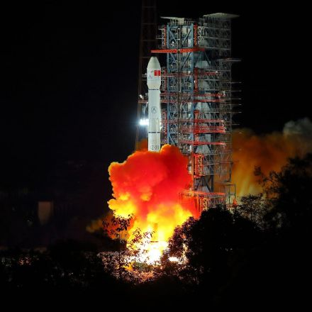 China's Moon Lander Wakes Up From Its Long, Ultra-Cold Night