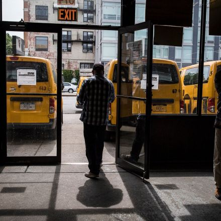 For 18 Hours, Cabbie Sat Dead in Front Seat