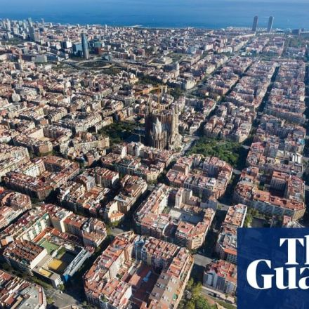 Barcelona's car-free 'superblocks' could save hundreds of lives