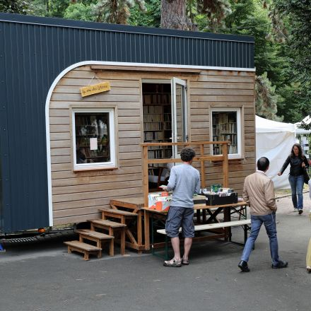 There Is a Tiny Bookstore on Wheels Currently Traveling the French Countryside