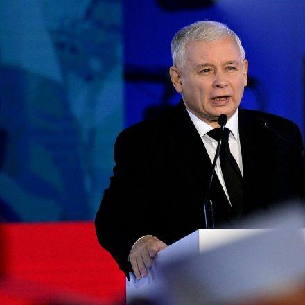 Poland's Kaczynski Invokes Nazis as EU Refugee Clash Deepens