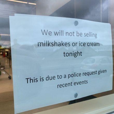 Police ask McDonald's to halt milkshake sales during Farage rally