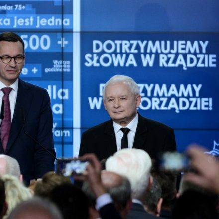 In Poland Elections, Populists Fail to Sway Moderates, Exit Polls Suggest