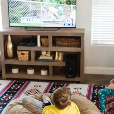 Millennials Unearth an Amazing Hack to Get Free TV: the Antenna