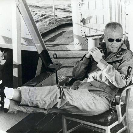 Snapzu Science: NASA Homage to Astronaut John H. Glenn Jr.