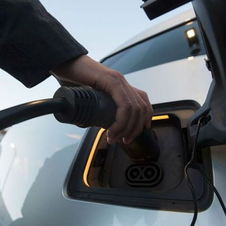 Oil giant Shell buys leading operator of electric vehicle charging stations