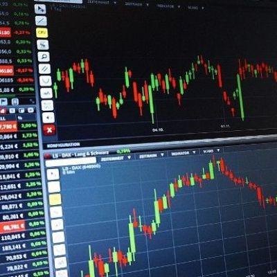 Bitcoin Declines Slightly, BAT Drops Nearly 20%
